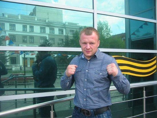 Боец из Омска Александр Шлеменко стал почётным гражданином района Дагестана