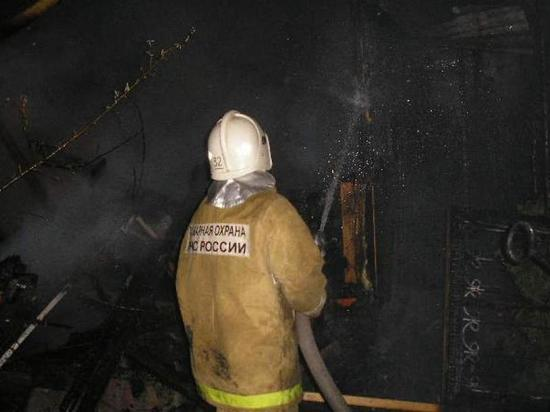 В Ивановской области сгорела хозпостройка - есть пострадавший