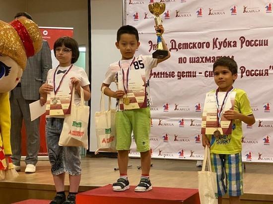 Юный шахматный гений из Калмыкии одержал оглушительную победу