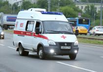 Разбившимся при падении с электровелосипеда на Лубянке оказался известный журналист Артем Шануров