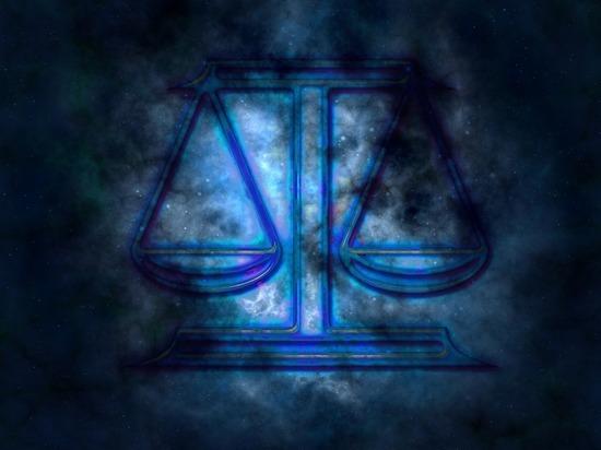 «Белую полосу» в сентябре предрекли 7 знакам зодиака