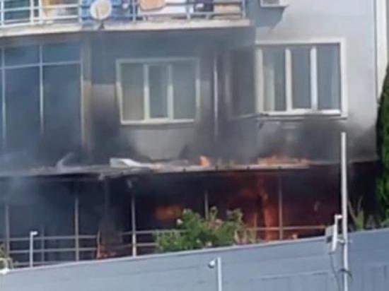 Частный мини-отель загорелся в Сочи