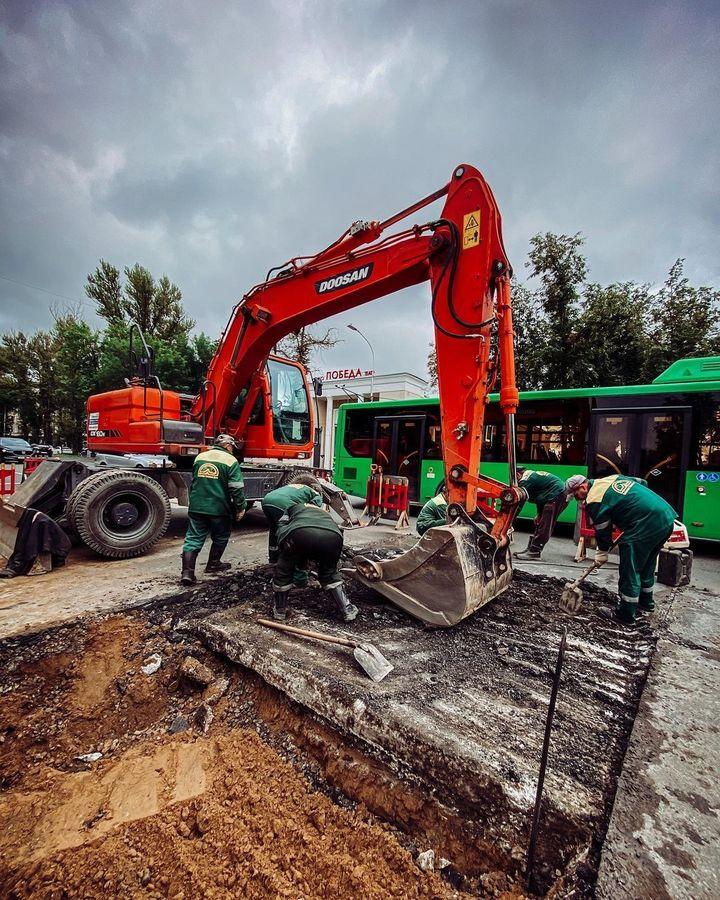 На Октябрьском проспекте завершили ремонтные работы псковские теплосети, фото-4