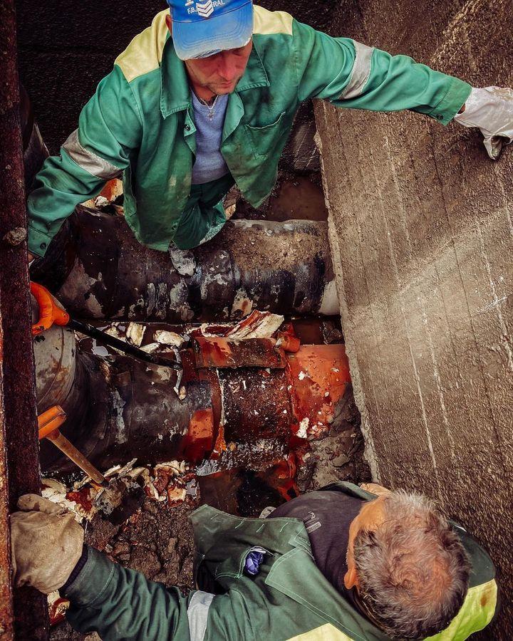 На Октябрьском проспекте завершили ремонтные работы псковские теплосети, фото-3