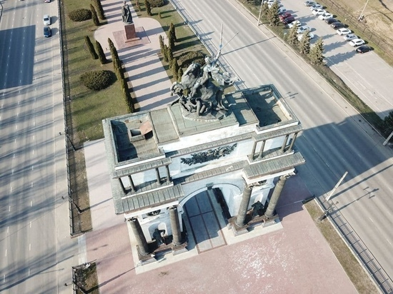 В Курске на ремонт Триумфальной арки потратят более 13 млн рублей