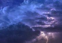 В Краснодарском крае действует штормовое предупреждение по непогоде