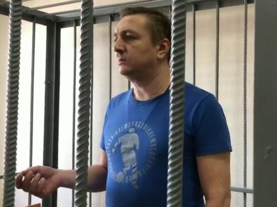 Процесс над обвиняемым в убийстве любовницы экс-главой Раменского вновь сорвался