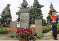 В ДНР провели митинг памяти Александра Захарченко