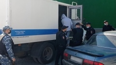 Видео: задержание налетчиков, ограбивших ювелирный магазин в Барнауле
