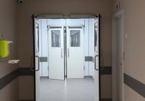 В Волгограде от коронавируса скончались две женщины 55 и 75 лет, а также 46-летний мужчина
