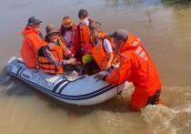 В Нанайском районе 1 сентября спасатели доставили детей в школы