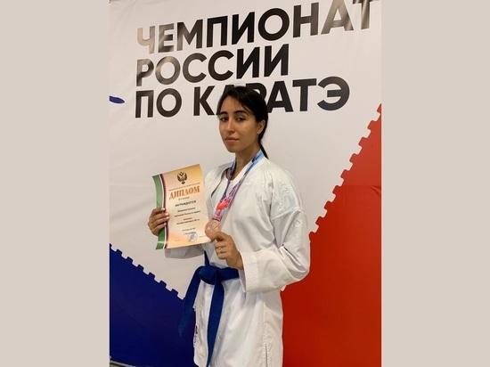 Бронзовым призером чемпионата России по каратэ стала томичка Сунита Халимова