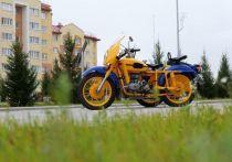 Новый арт-объект: мотоцикл времен СССР установили в Новом Уренгое