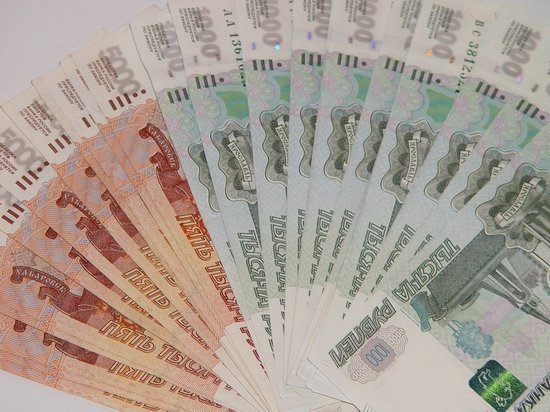Средняя заработная плата в Томской области превысила порог в 50 тысяч рублей