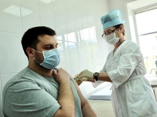 До конца октября в Томске продолжают работать 4 мобильных пункта вакцинации