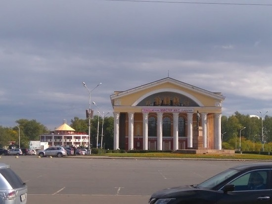 Молебен для учащихся возле Музыкального театра Карелии отменён