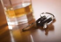 Пьяный мужчина напал на полицейского со спины в Ноябрьске