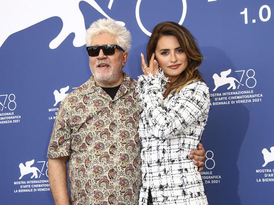 """Венецианский кинофестиваль устроил журналистам беспредел: """"Зачем мы приехали?!"""""""