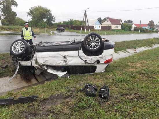 Под Курском 35-летняя автоледи вылетела в кювет и попала в больницу