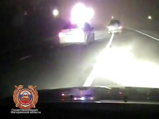 Полицейские Колымы стреляли в машину с пьяным водителем