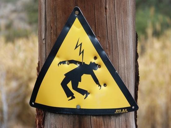 Жители Магадана после смерти ребёнка от тока начали сообщать об обрывах ЛЭП