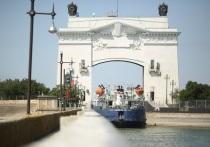 На Волго-Донском канале в Волгоградской области столкнулись 2 судна