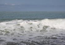 На всех пляжах Анапы вновь запретили купание