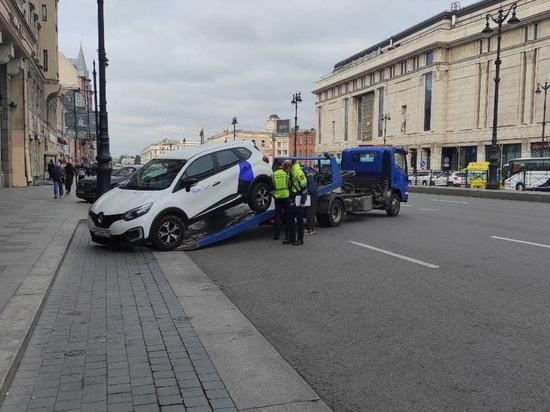Теперь соблюдение правил дорожного движения — это моральная ответственность как автовладельцев, так и пешеходов, которым нравятся улицы города без машин.