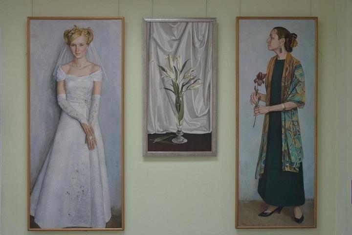 В Костроме открылись сразу две персональные художественные выставки