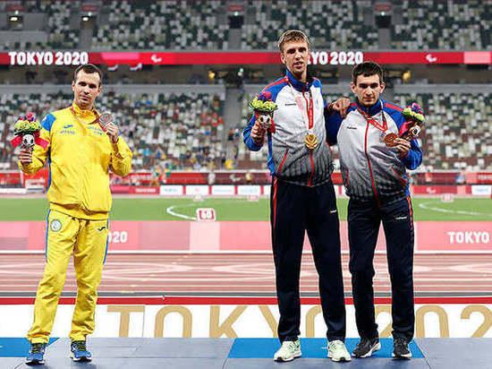 Украинский паралимпиец снова отказался от фото с россиянами: «Это любовь к родине»