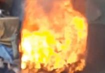 На улице Бирюзова в Рязани неизвестные подожгли помойку