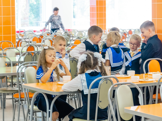 Роспотребнадзор дал рекомендации родителям школьников по организации режима дня и питания