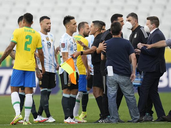 Полиция сорвала матч Бразилия – Аргентина, Месси отказался играть
