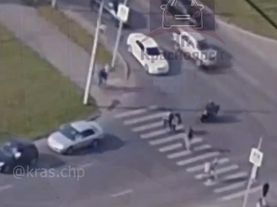 Сбившего пешеходов на Взлетке мотоциклиста задержали в Красноярске