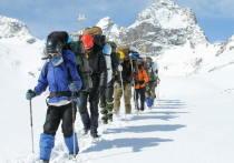 Луганские альпинисты отметят день рождения города на Приэльбрусье