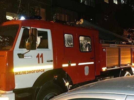 Железногорские пожарные во время происшествия в многоэтажке спасли девять человек