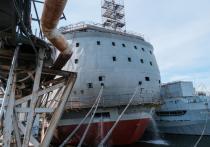 7 сентября на «Адмиралтейских верфях» в Петербурге состоялось «появление на публике» уникальной плавучей конструкции, которую здесь создают