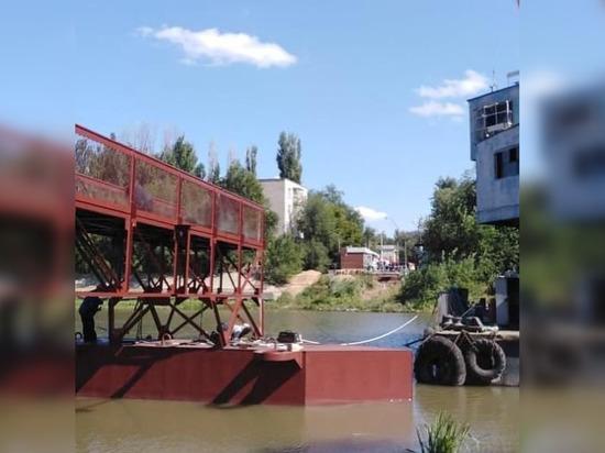 В Астрахани начали монтировать пролеты разводного моста
