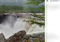 Трагедия, закончившаяся гибелью министра МЧС Евгения Зиничева и режиссера Александра Мельника, случилась возле водопада Китабо-Орон