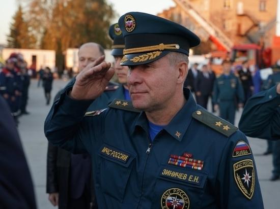 Глава Курской области Роман Старовойт выразил соболезнования в связи с гибелью министра МЧС Зиничева