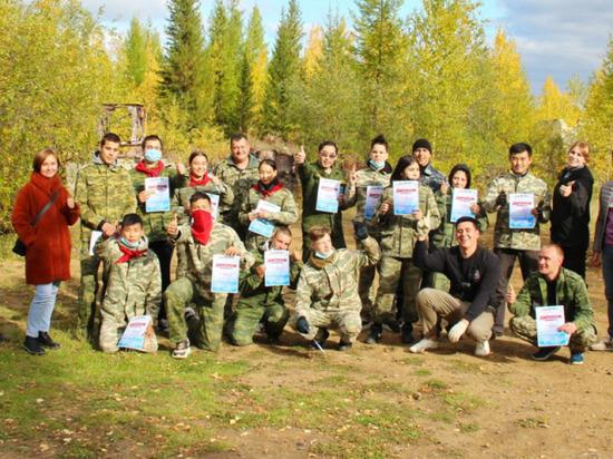 В Мирнинском районе Якутии сотрудники ОМВД состязались с подростками в пейнтбол