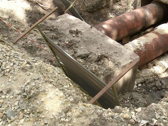 В Томске устраняют порыв трубы с кипятком в Академгородке