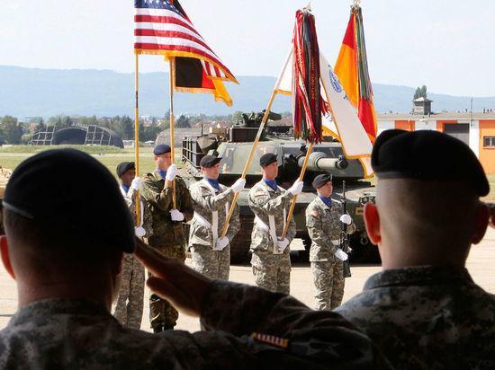Германия: Немецкую базу ВВС США превратили в лагерь для беженцев