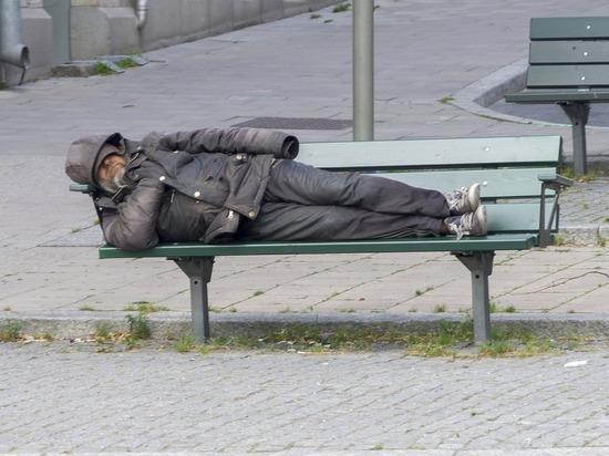 Теплые вещи для бездомных можно сдать в два пункта в Нижнем