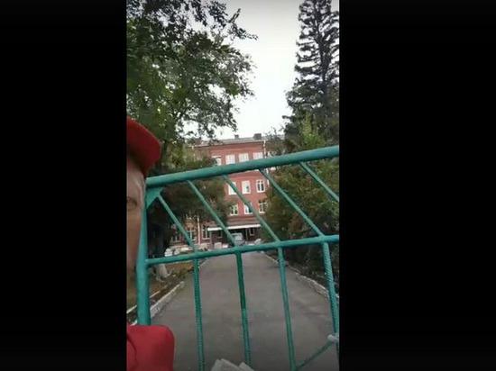Депобразования Омска назвал дату окончания ремонта в школе имени Любови Полищук