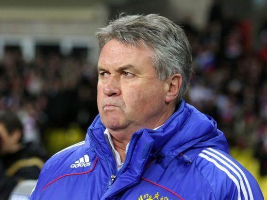 Экс-главный тренер сборной России по футболу Гус Хиддинк объявил о завершении карьеры