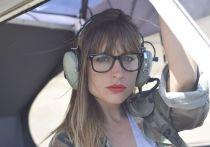 Стюардесса западных авиалиний, комментируя правила безопасности в Reddit, призвала пассажиров не надувать спасательный жилет в самолете, даже если он аварийно приводнился
