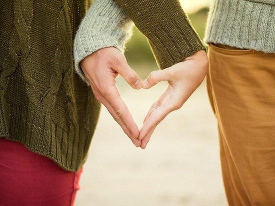 Астролог Влад Росс назвал пять знаков зодиака, у которых до конца года есть шансы встретить настоящую большую любовь