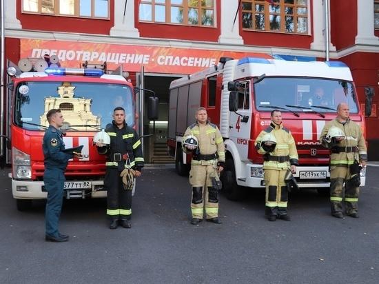 Курские спасатели воем сирен почтили память погибшего министра МЧС Евгения Зиничева