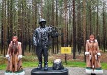 Памятник лесорубу открыли в Тольке в День села